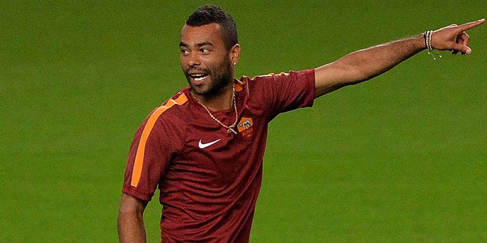 Hengkang dari AS Roma, Ashley Cole Segera Merapat ke LA Galaxy