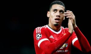 Smalling Jadi Buruan Utama West Ham United