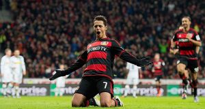 West Ham Optimis Dapatkan Chicharito