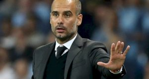 Video, Guardiola Pamer Skill Kontrol Bola di Sesi Latihan Manchester City